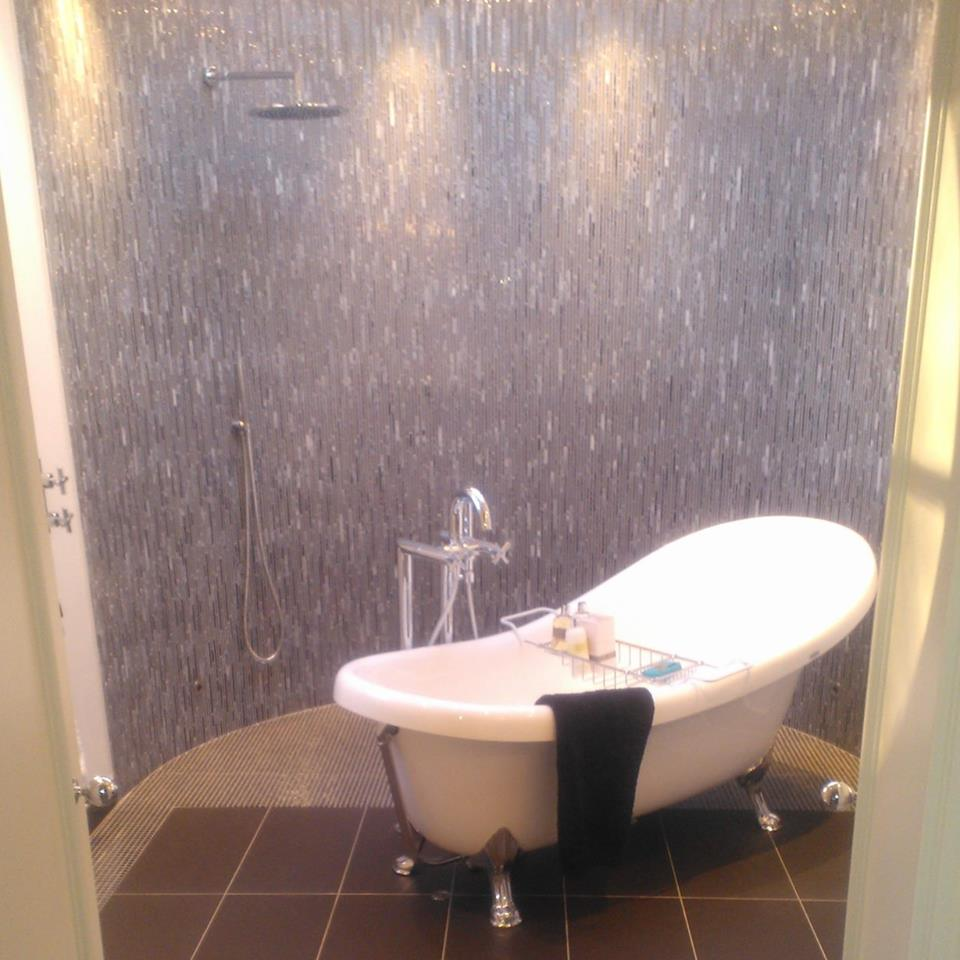 H M Tiling | Tiler in Isle of Wight - Isle of Wight Tilers and Tiling Specialists