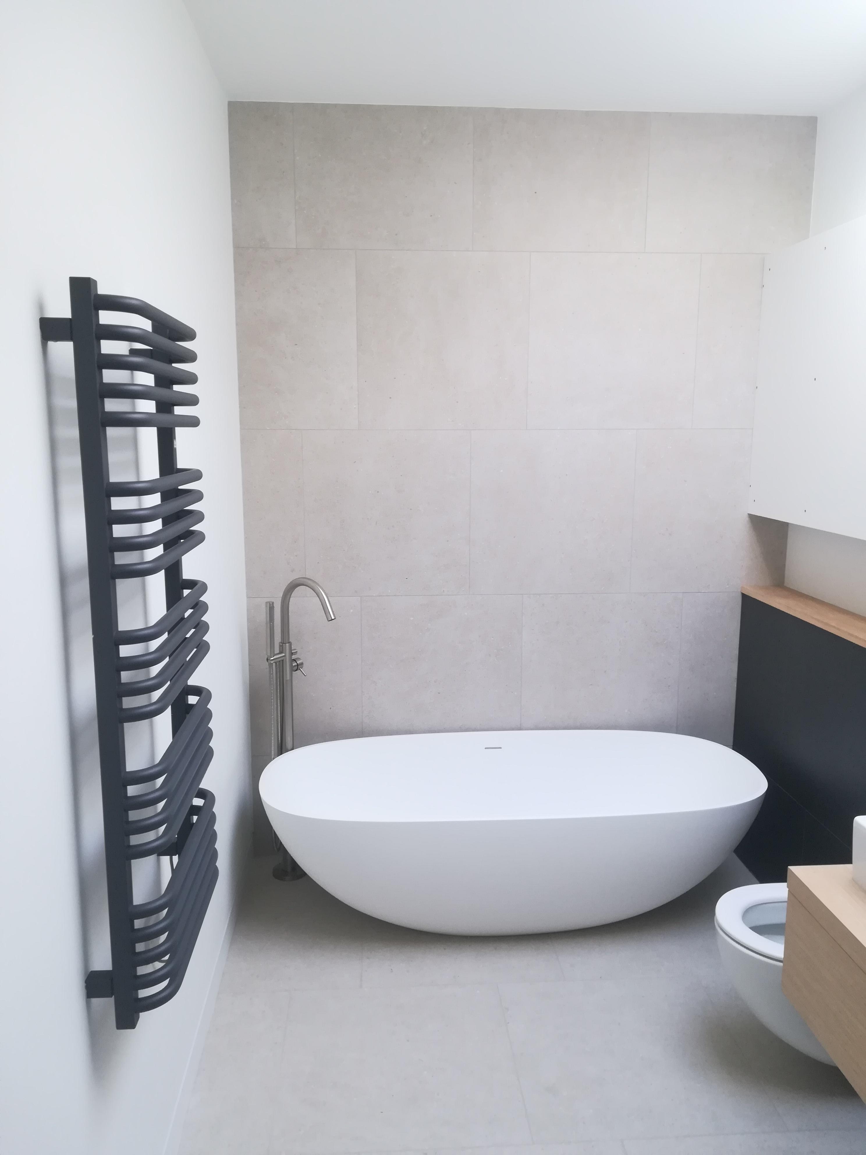 Bathroom floor tiling done in Isle of Wight in 2019