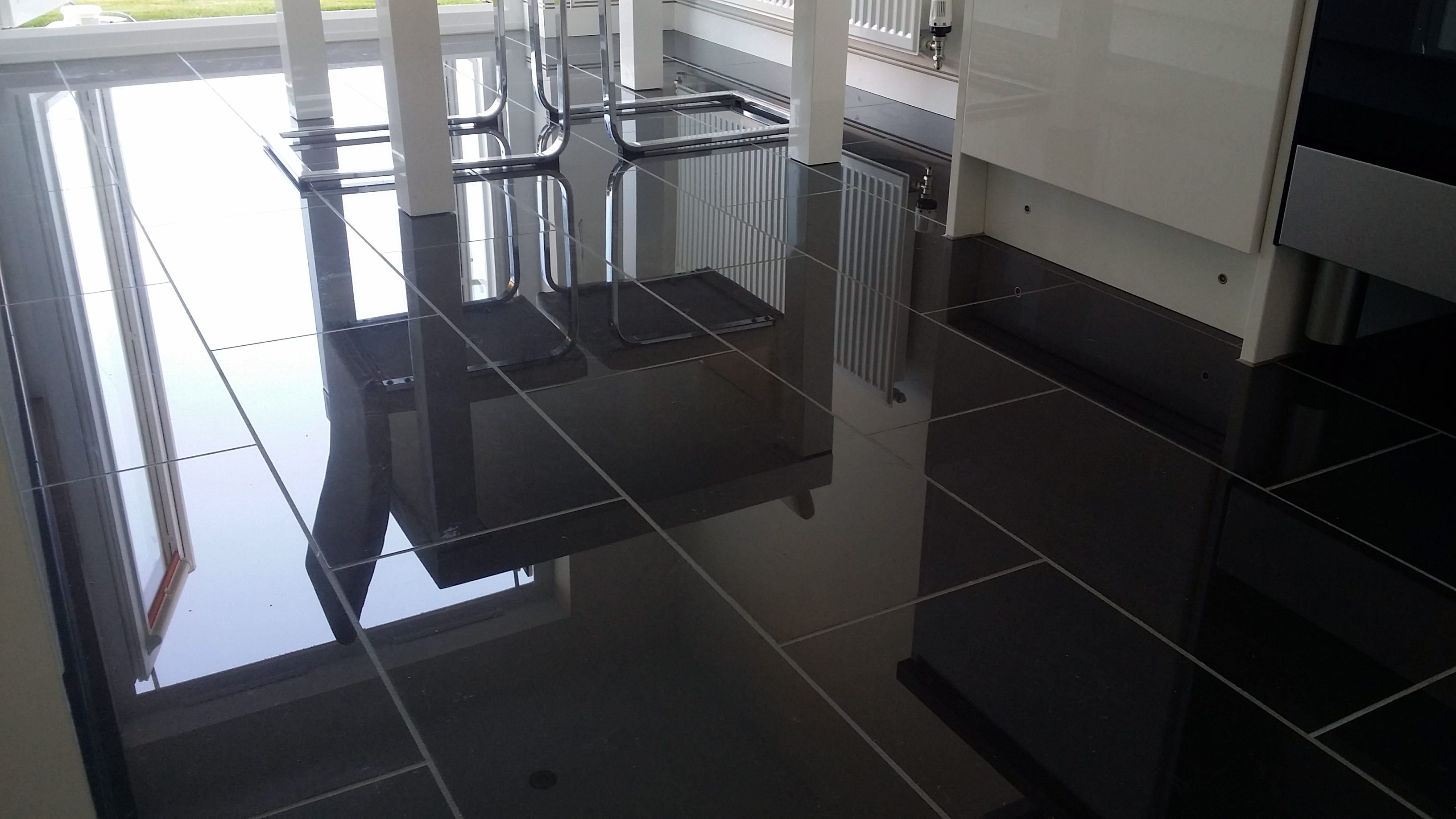 Large black gloss floor tiles images home flooring design black ceramic floor tile gallery tile flooring design ideas black gloss floor tiles images tile flooring dailygadgetfo Image collections